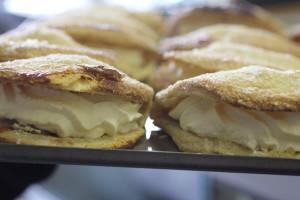 geneva-bakery-pastries-sweet-cream-filled-apple-turnover